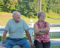 Bob & Dottie Lindsey